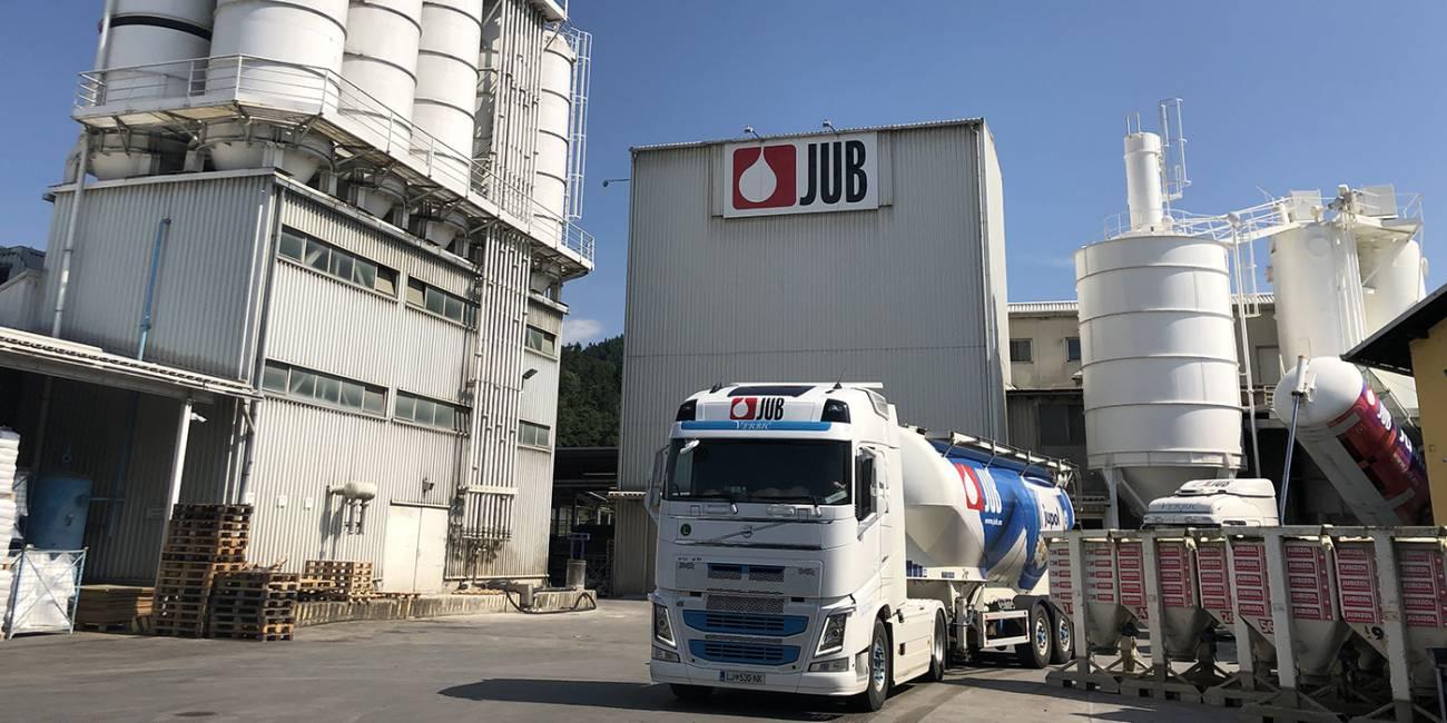 JUB posodobil proizvodnjo praškastih surovin