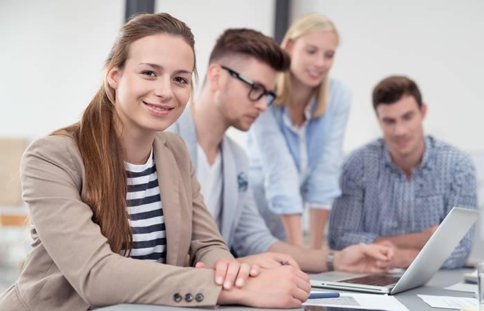 Začni svojo kariero kotnaš štipendist