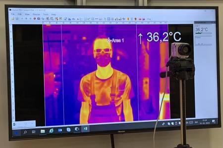 Merjenje telesne temperature s termovizijskimi kamerami